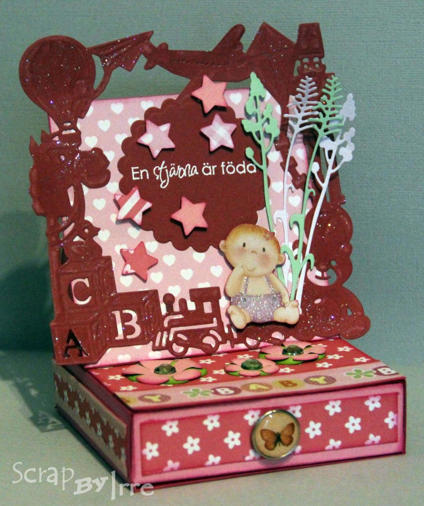 Easel card with a box with a baby-theme die